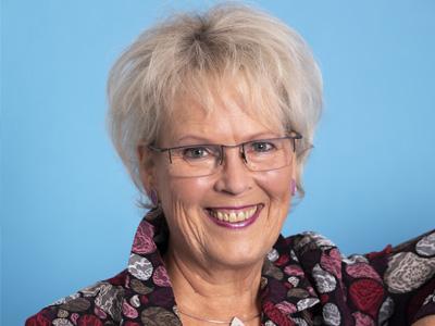 42-plus-grosse-groessen-damenmode-oldenburg-uebergroessen-team-elvira-precht